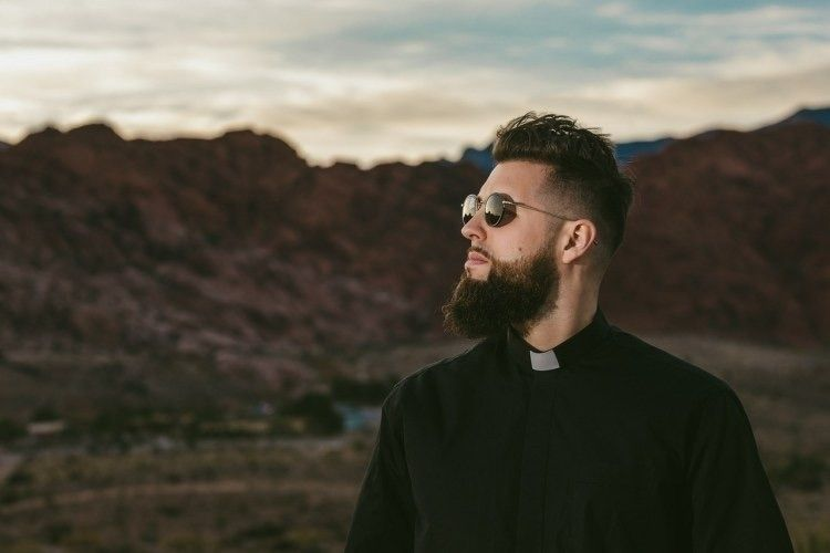 Tchami delivers combination dee - thissongissick | ello