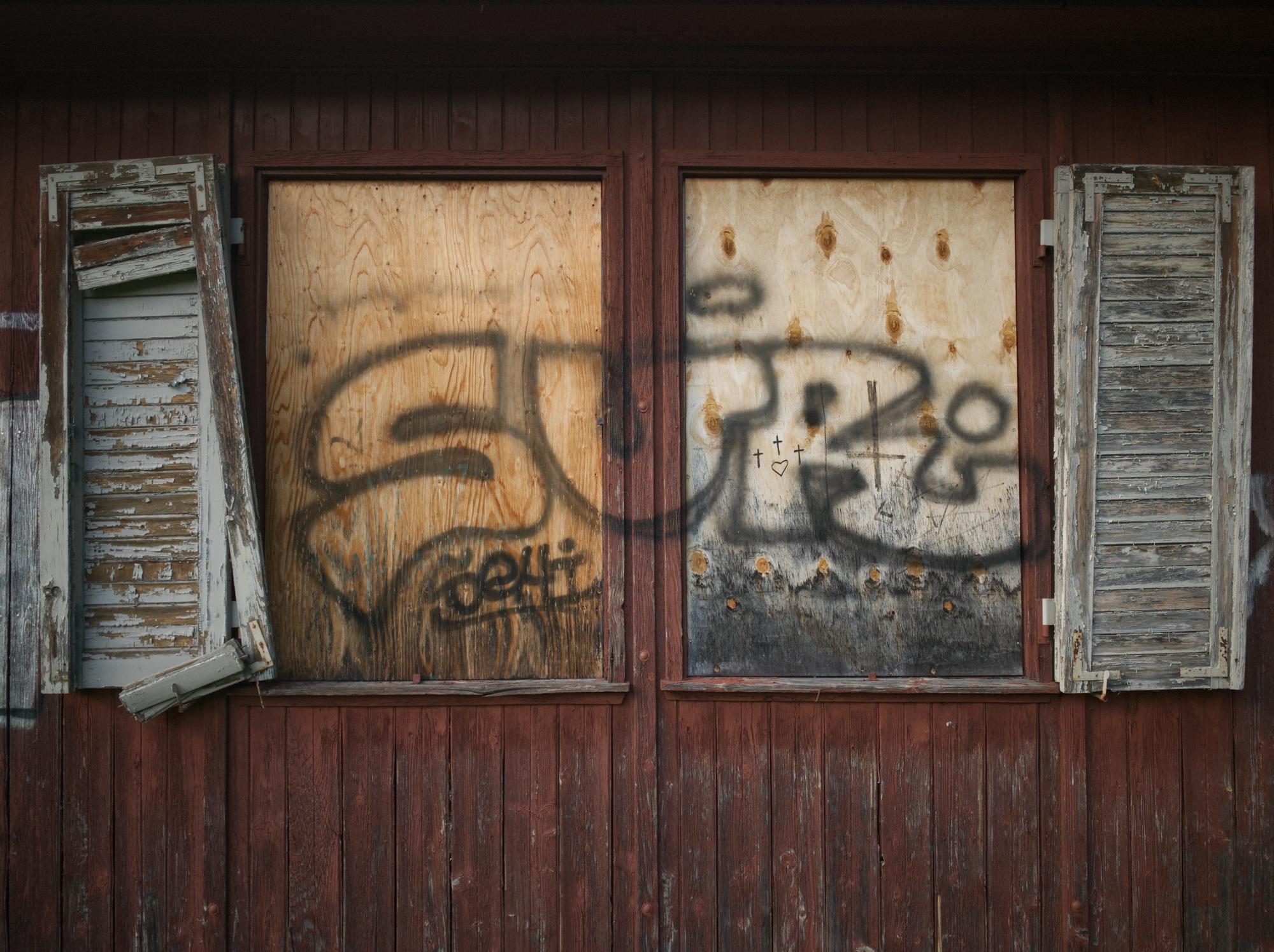 Seraglio - photography, brokensymmetries - marcushammerschmitt | ello