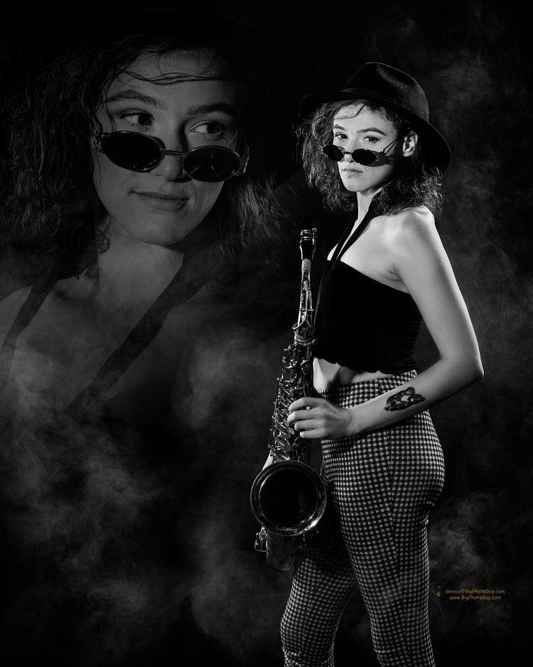 Black white blues. image repres - bigphotoguy | ello