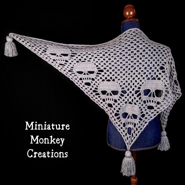 Sparkly Silver Big Skull Shawl  - miniaturemonkeycreations | ello