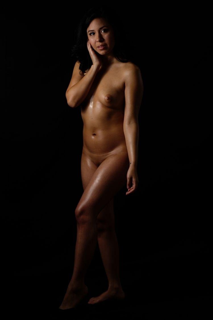 NSFW, Nude, Artistic, Lowkey - bitshifter52 | ello