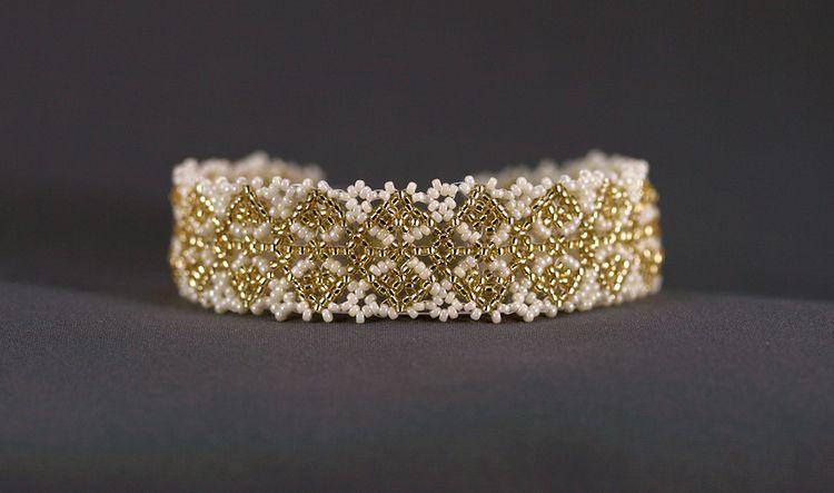 Cream gold lace bracelet - prettyshinybeads - cwright   ello