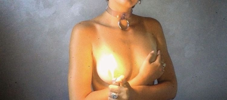 fire, nude, selfportrait - vie-au-pluriel | ello