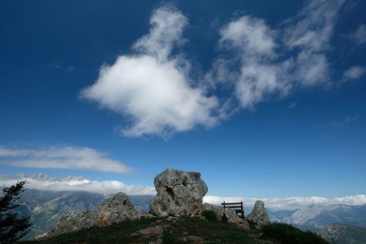 Picos de Europa hike, day 2: da - red_lenses | ello