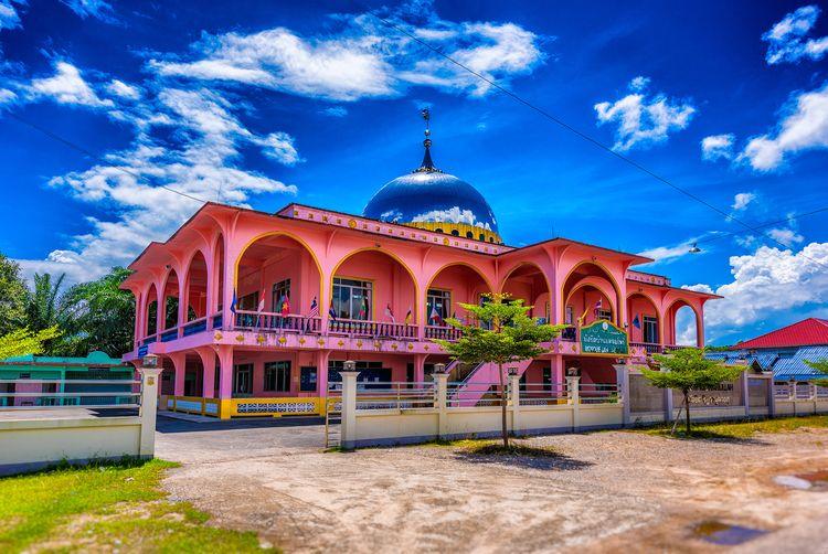 mirroring sky Ban Laem Pho - Mosque - christofkessemeier   ello