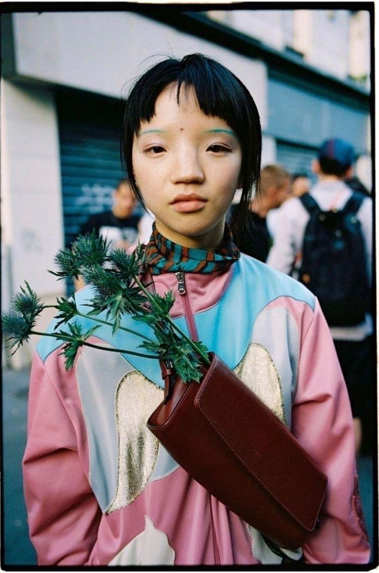𝔟𝔩𝔬𝔤: photography Yu Fujiwara  - neoncart   ello