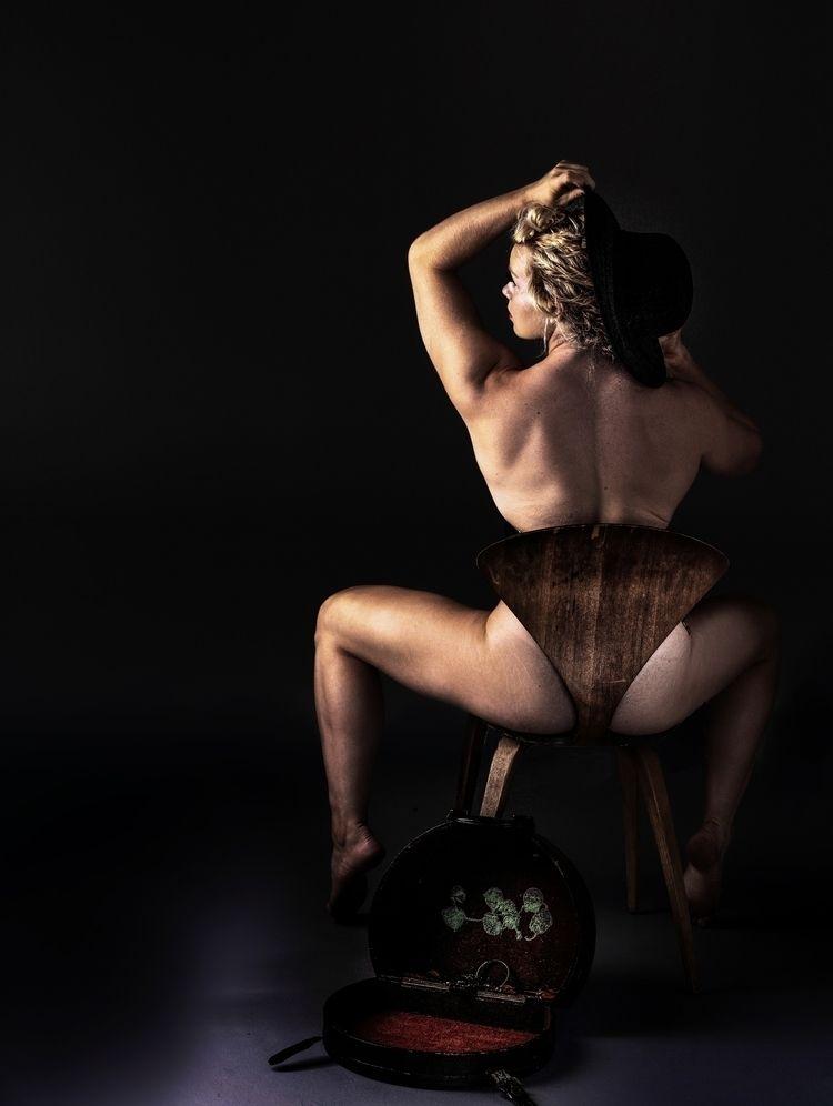 Model: Macy Lynn - YouCanLeaveYourHatOn - reimaginemestudios | ello