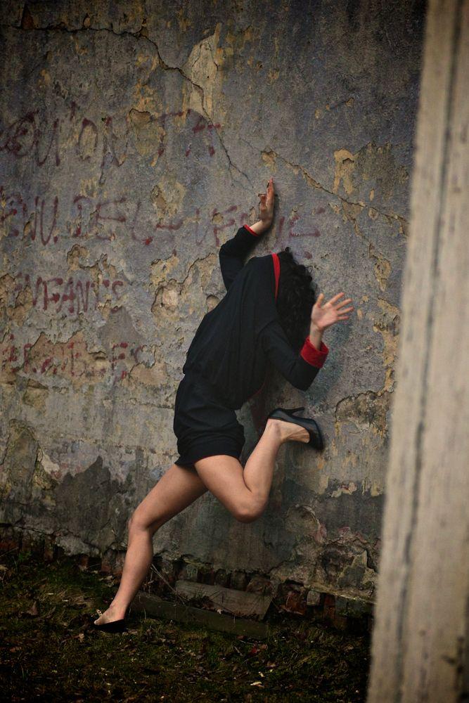 Ayuso Dance Company / language - adam_jo | ello