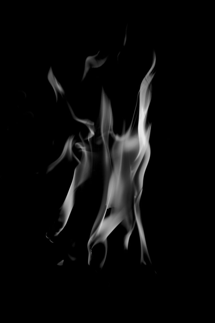 Flames - Fire, bw - taari | ello