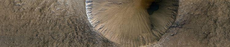 Mars - Slopes Rauna Crater - mariagat | ello