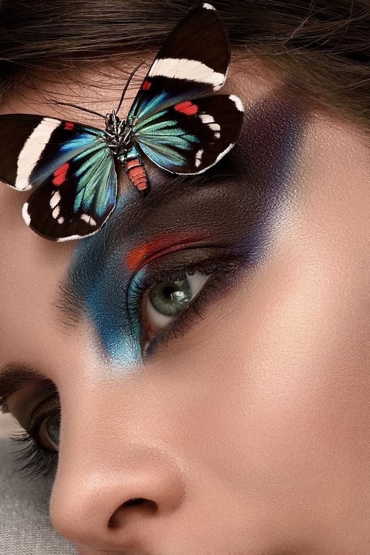 Photographer: Martin Higgs Make - darkbeautymag | ello