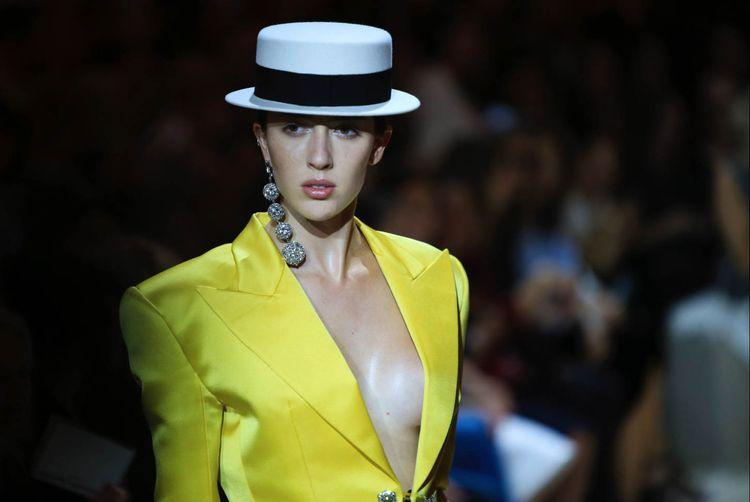 Couture Automne-Hiver 2018-2019 - felixfelixfashionmode | ello