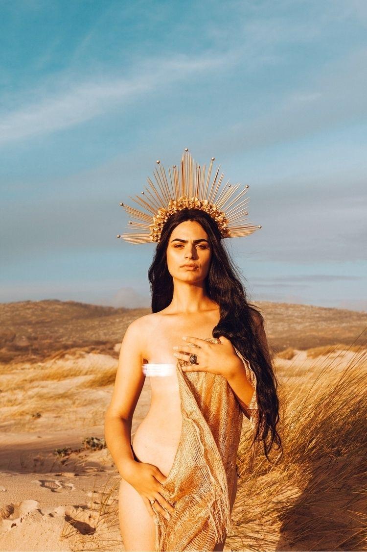 Goddess - feelens | ello
