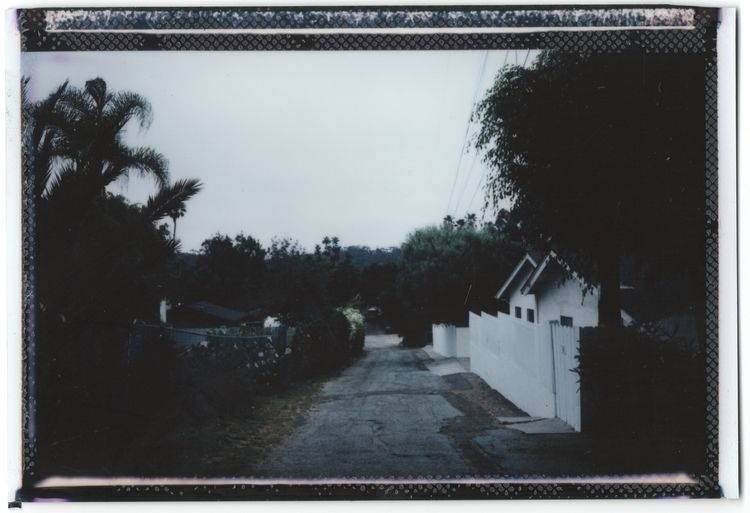 Dusk alley, California, Sep 201 - blssm | ello