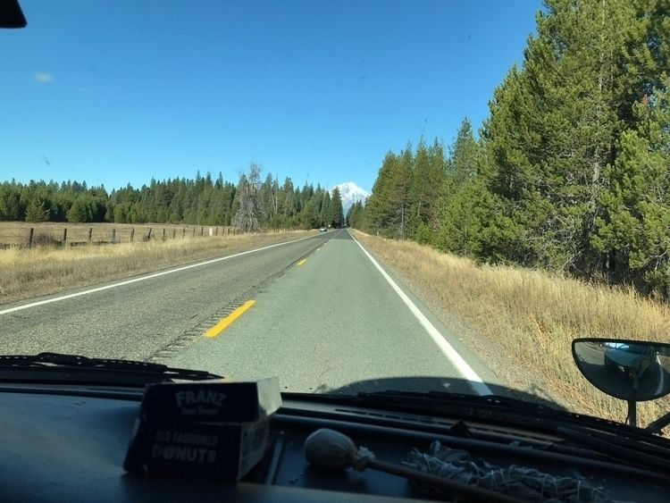 Lassen road Shasta - raymondmedicineelk1   ello