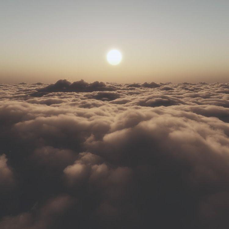 Icarus - 3D, sky, sunset, clouds - z3rogravity | ello