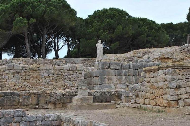 Visitamos las Ruinas Griegas Ro - thefirebird | ello