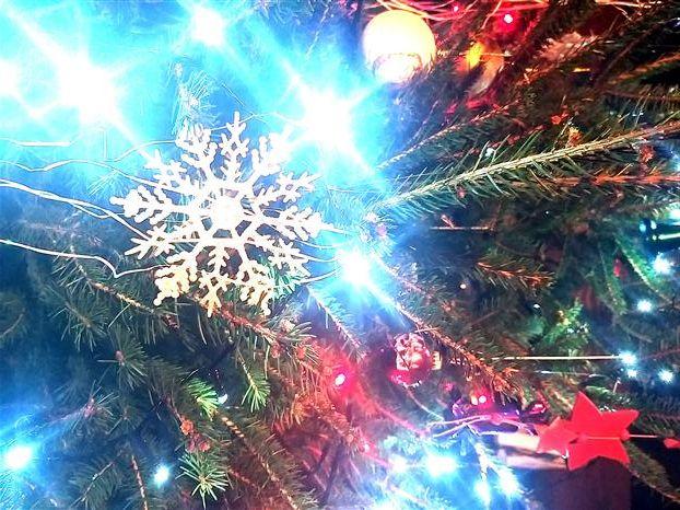 Merry Christmas - ajanb | ello