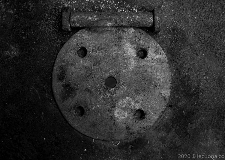 Metal Lid - ello, abstract, conceptual - lecuona | ello