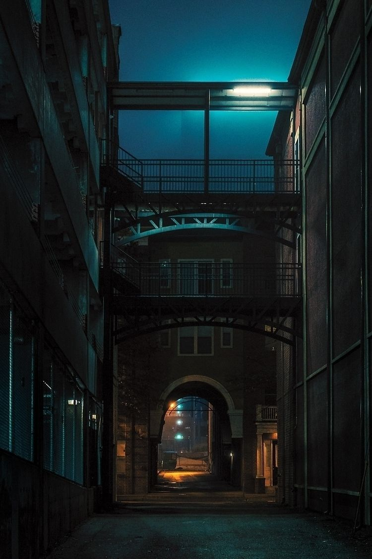 Alleyway Artificial Moon, 2020 - anthonypresley | ello