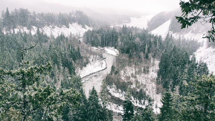 Brandywine Lookout Whistler, BC - maplemusketeer | ello