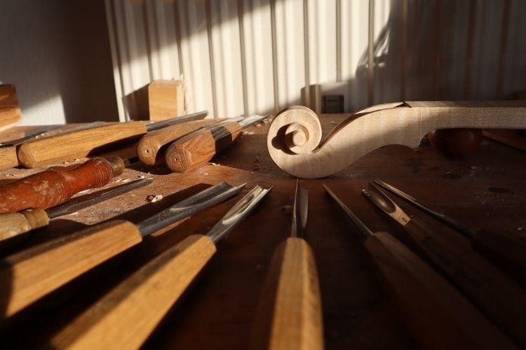 workshop - violin, workmanship, woodcarving - endlessummer | ello