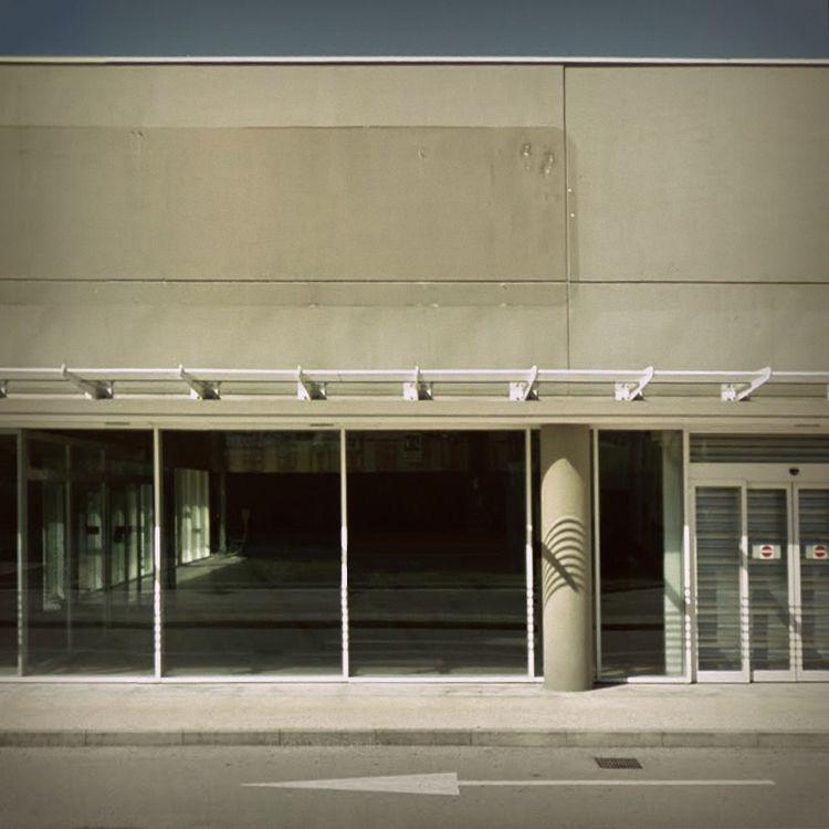 Walls / Conegliano, Italy - rephotography - dispel | ello