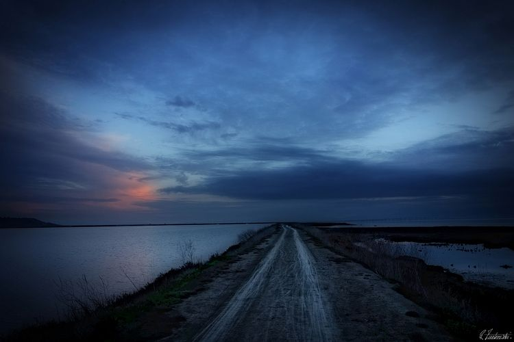 riding twilight - robzucho,, photography, - abstractcolorism | ello