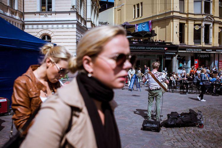 Street life Helsinki - streetphotography - pierrebeauregard | ello