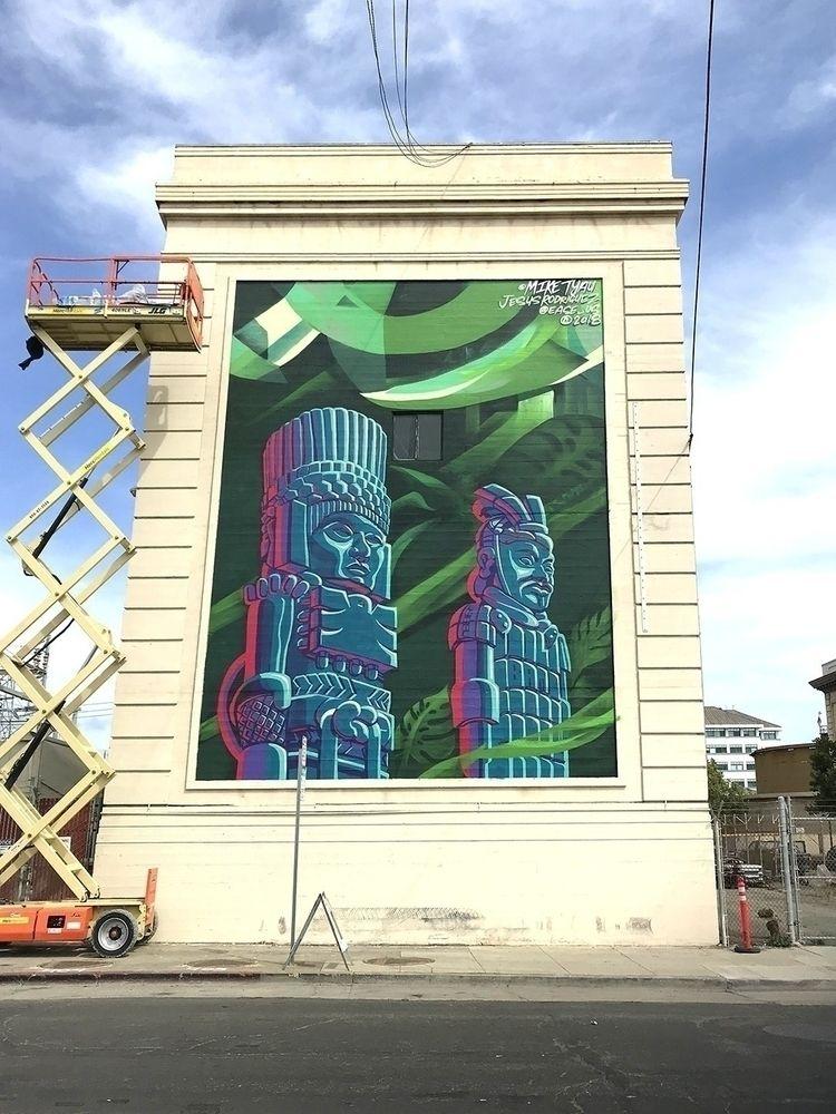 2018 - Oakland, CA 15 30ʻ Paint - miketyau | ello