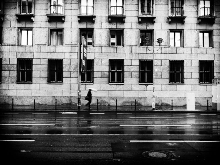 Hustle City - blackandwhite, streetphotography - thetinyspeck   ello
