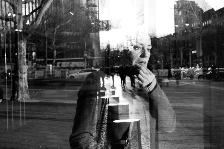 Mirrorisation - 35mm, streetphotography - bangbangcloud | ello