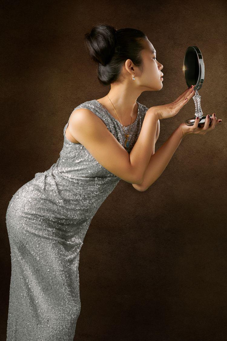 Girl Mirror - See2BelieveLDN, BlackTulips - see2believe | ello