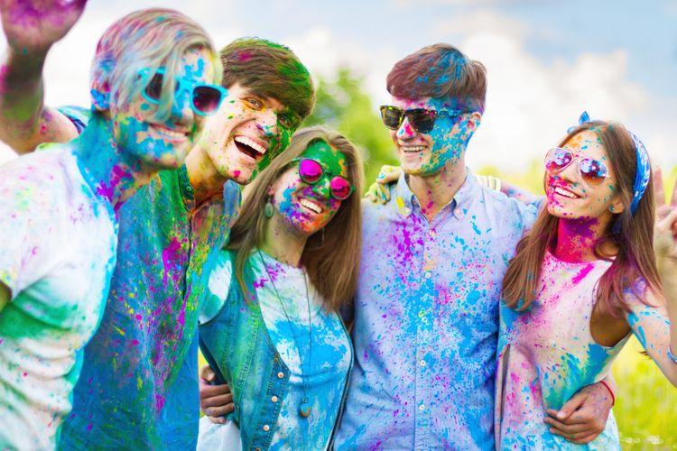 Holi Festival: Gratitude variet - travelcenter | ello