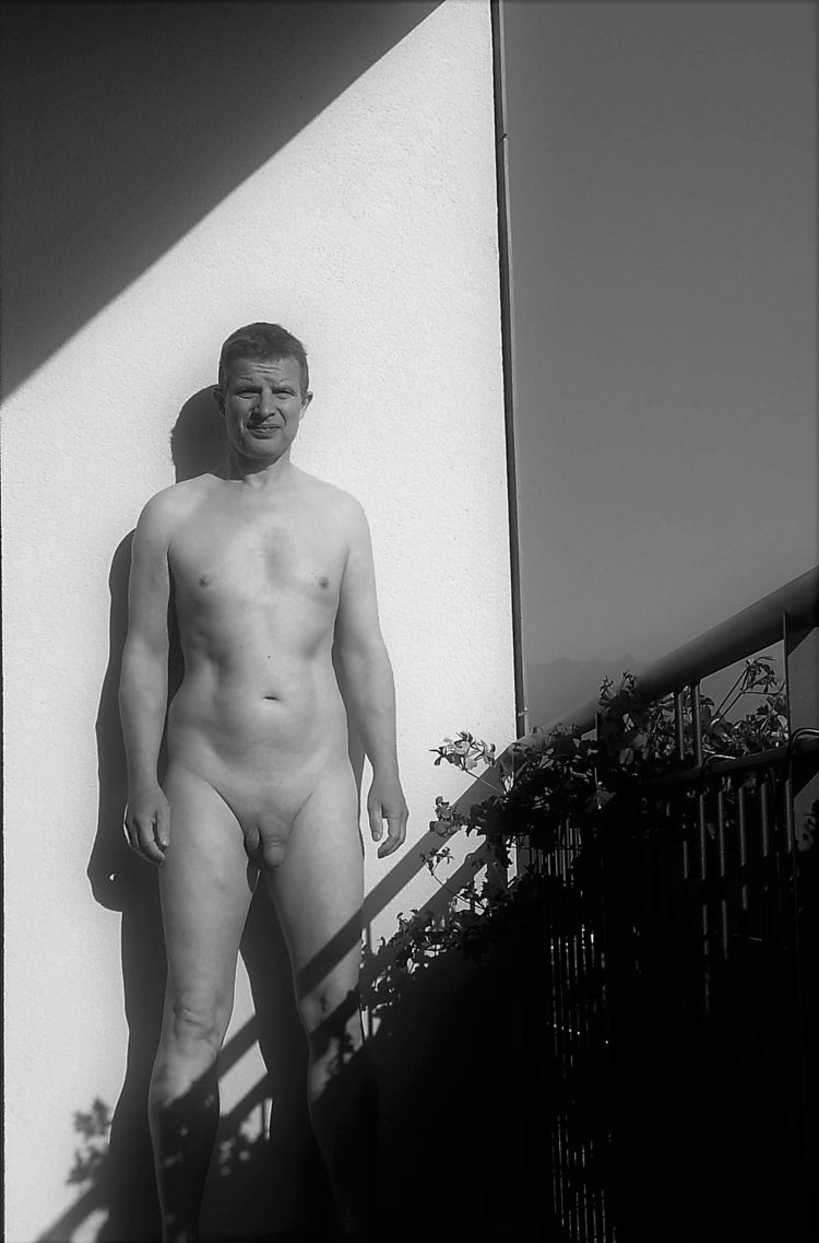 hear balconies  - nsfw, male, nude - notthatkindofguy | ello