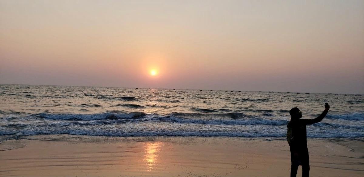 sunset, beach - zeppieboi | ello