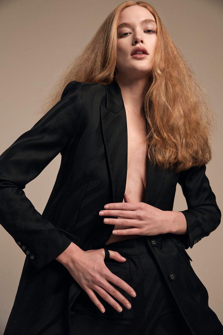 Adrianna Favero Fashion Rogue  - adriannafavero | ello