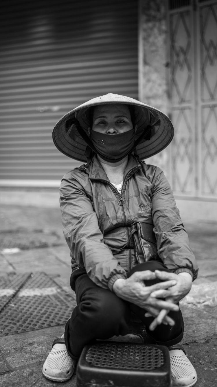 Hanoi, Viet Nam | COVID-19: Ser - sr27pakbird | ello