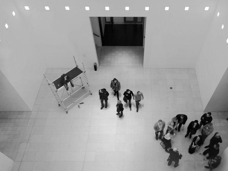 People waiting exhibition Waiti - iamschulz   ello