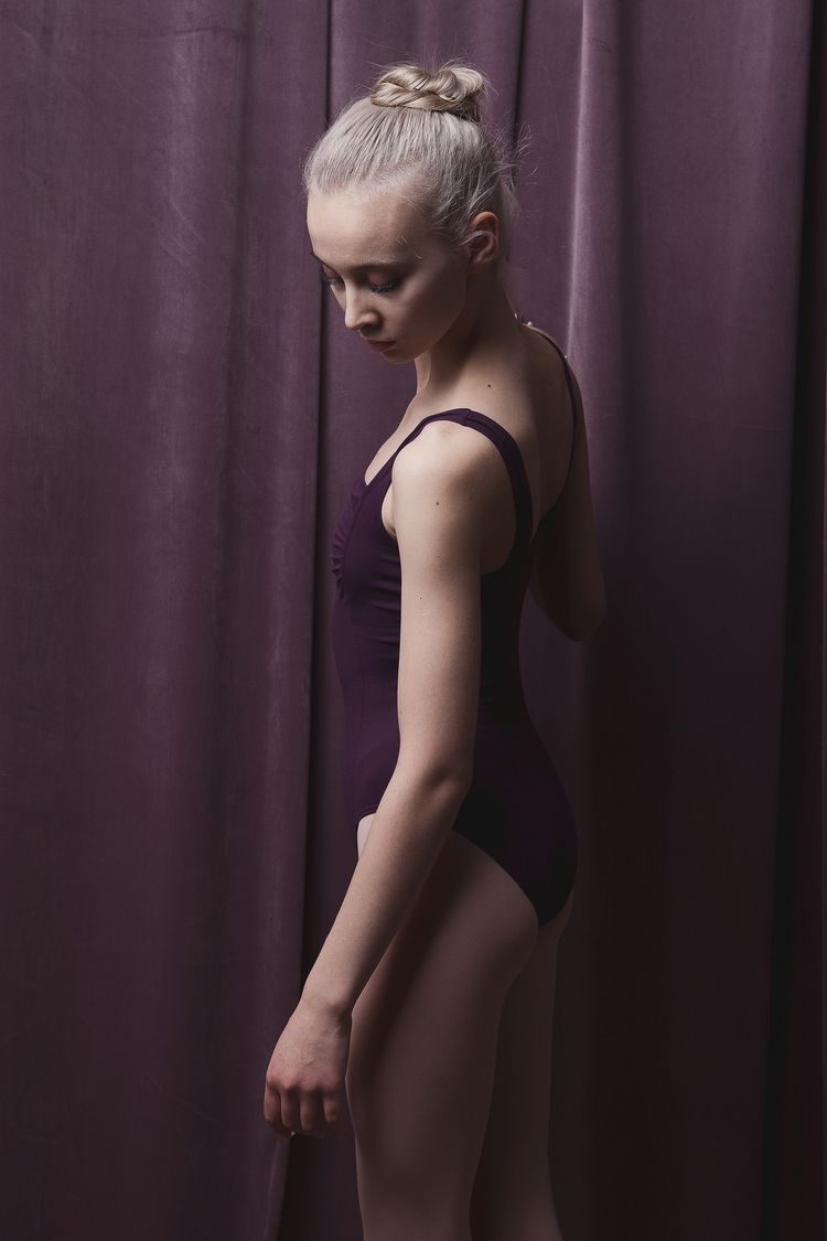 SIGN md: Alexandra Mescheryakov - zokinatif | ello