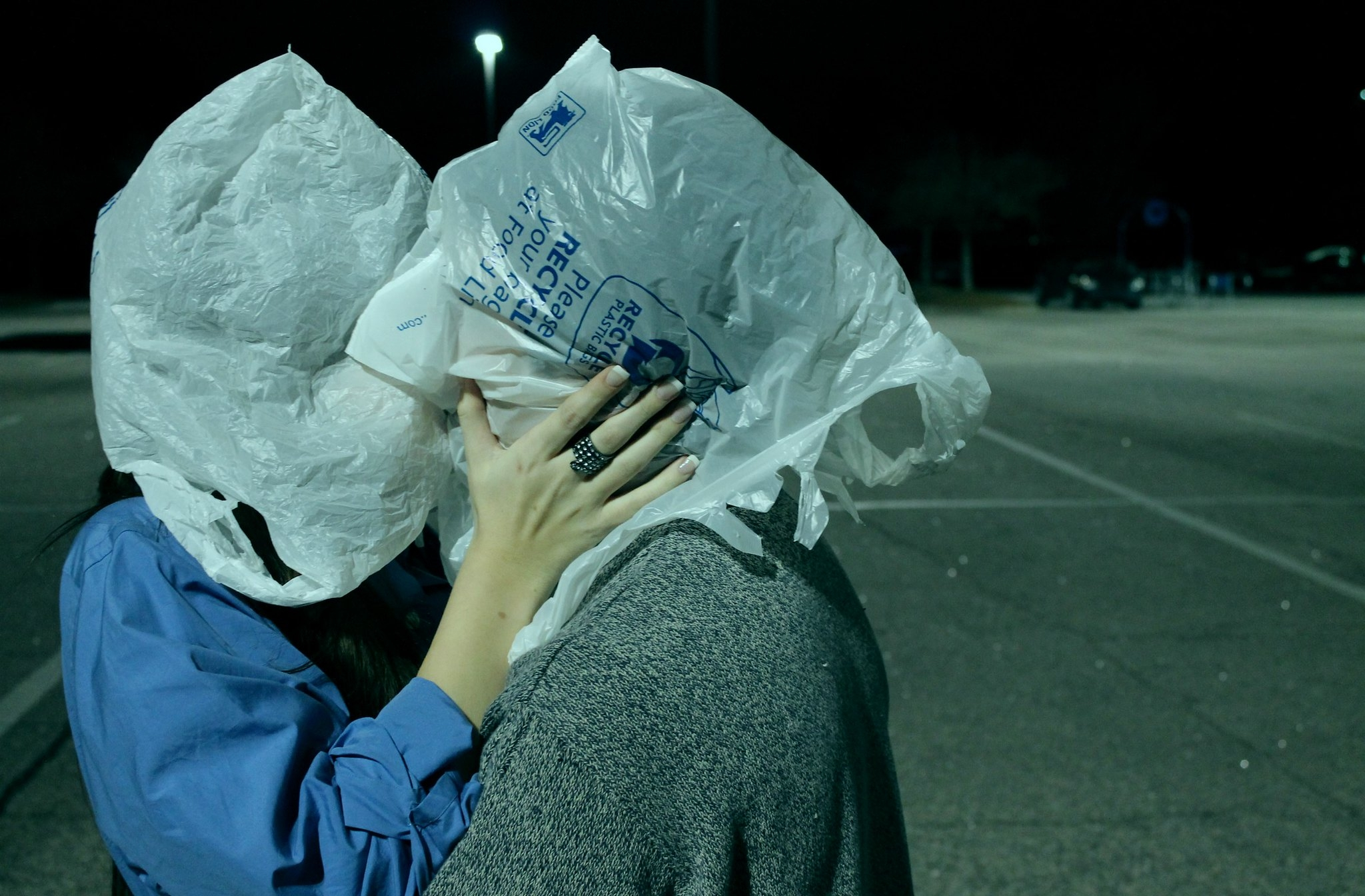 Lovers, Magritte' Michael Kauff - inag | ello