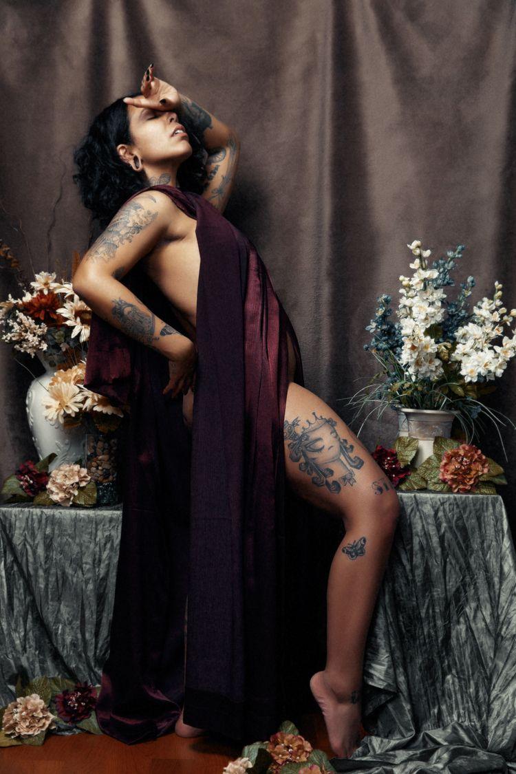 Model Damn Mariela photographed - damnmariela | ello