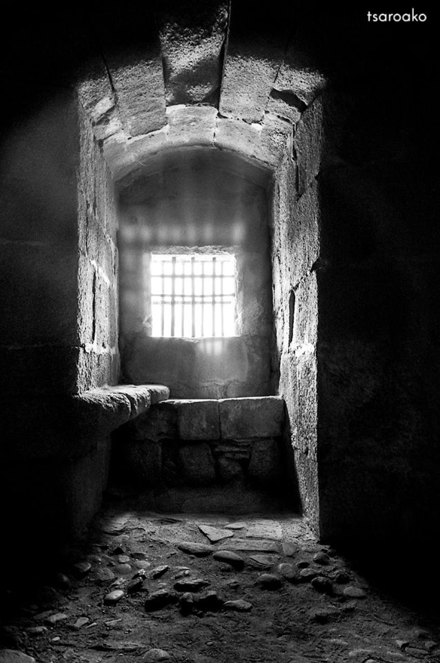 window castle Granadilla - blackandwhite - tsaroako | ello