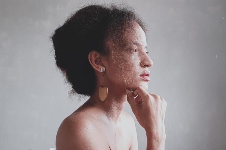 Selfportrait | title (Mar 2020 - laismachado | ello