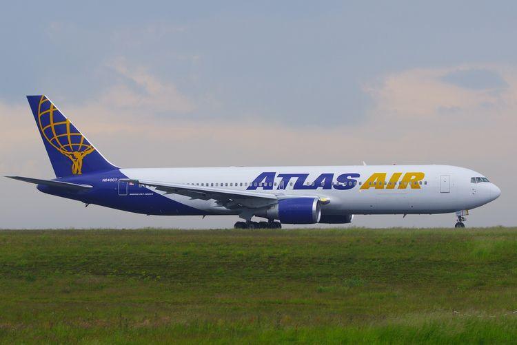 Atlas Air Boeing 767-300ER, N64 - brummi   ello