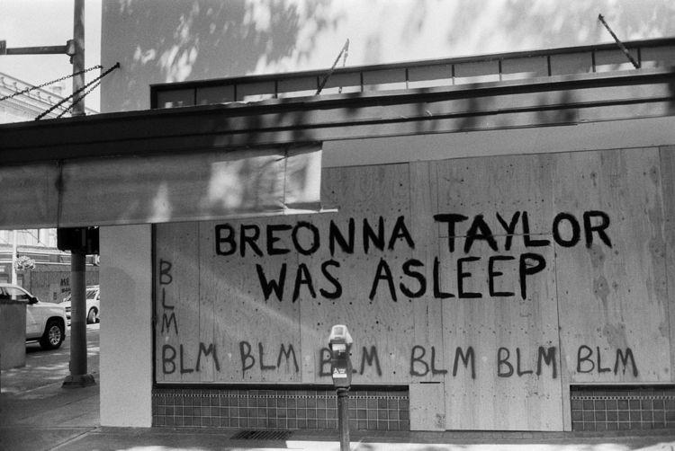 blacklivesmatter, BLM, BreonnaTaylor - the69thdimension | ello