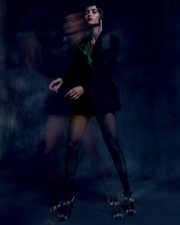 Adrianna Favero Vulkan Magazine - adriannafavero   ello