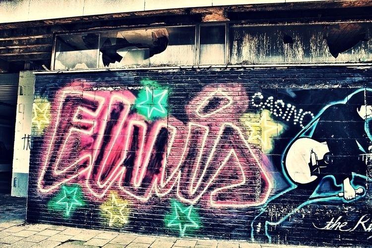• Elvis - photography, bhoColor - borisholtz | ello