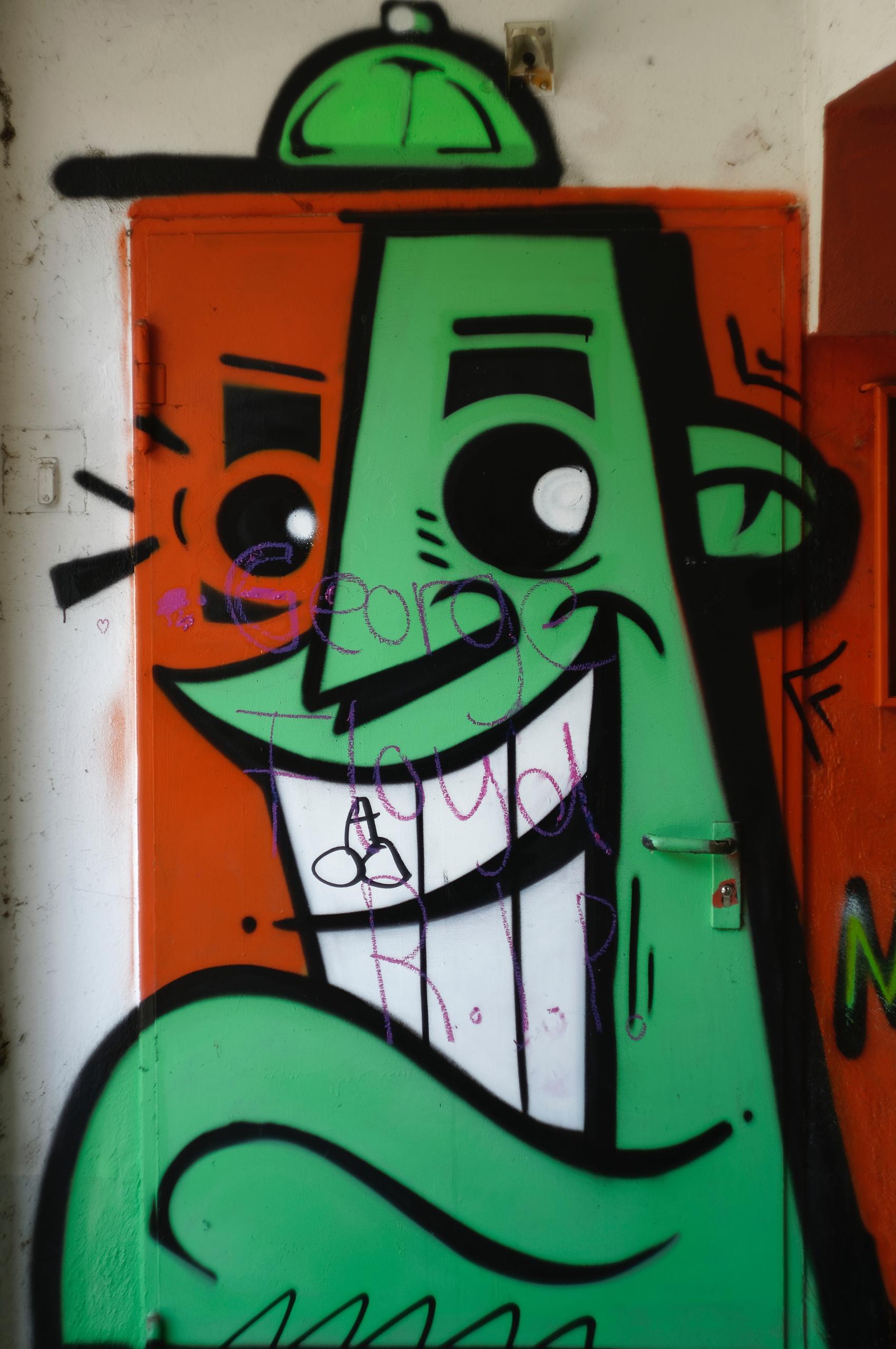 Larry - photography, graffiti, vandalism - marcushammerschmitt | ello