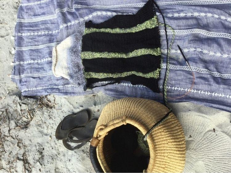 knitting needles today? project - laurabalducci | ello